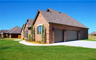 Home Features in Country Estates